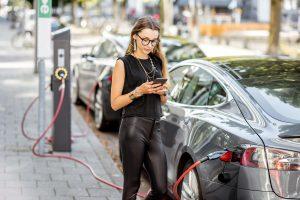 Nabíjení elektromobilu ze stanice