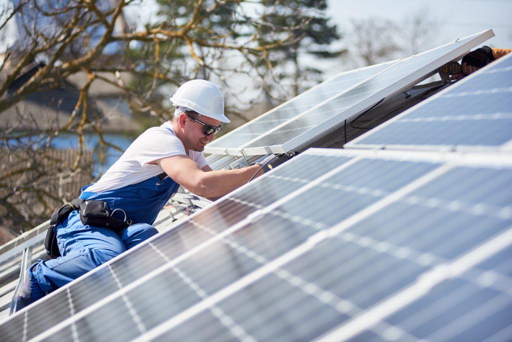 Správně nainstalované solární panely představují jen minimální riziko vzniku požáru